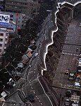 地震で高速道路が倒壊