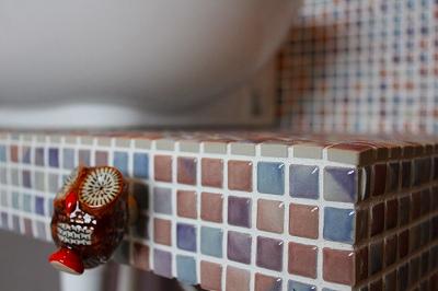 洗面所のタイルのアップ