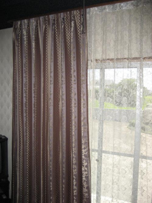 応接間のカーテン